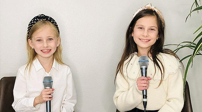 Olivia and Abigail Kirichenko